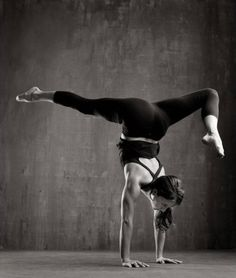 Gorgeous handstand variation.  #yoga
