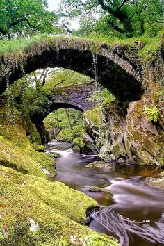 Wales the Wonder - picture by Bob Jones   Copyright Bob Jones @ ImagineWales.com