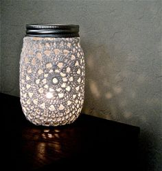 Savvy Deets Bridal: {DIY} Doily Mason Jars