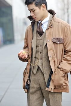 layers // #suit #preppy #menswear #style