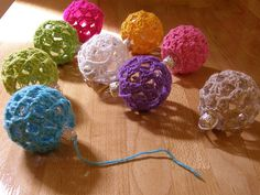 Crochet Baubles.....would make a great cat toy