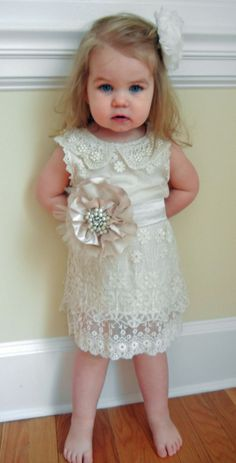 Flower girl in Vintage Shabby Chic Style Ivory Lace Flower by chelseasbowtique
