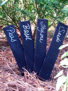 Chalkboard garden markers...plant markers..so fun to use! The large size is easy to write on....#gardening