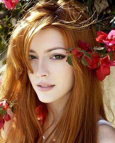 face makeup, ginger, red hair, shades of red, stunning women, green eyes, redhead, brown hair, portrait