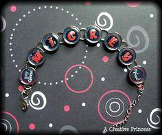 A Creative Princess: Mickey Mouse Bracelet - MouseTalesTravel.com  #MTT #disneydiy #easycrafts