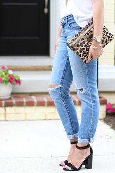 OOTD : Boyfriend Jeans & Black Heels