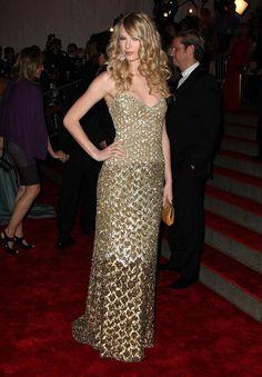 Taylor Swift in Badgley Mischka (2008)