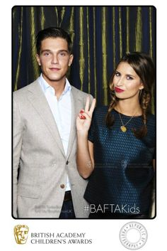 TOWIE stars Lewis Bloor and Ferne McCann peace out in the BAFTA TwitterBox at the British Academy Children's Awards.