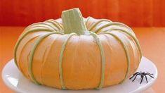Cute Pumpkin Cake-