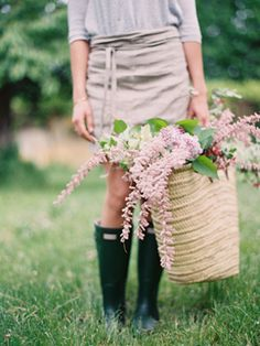 style, farm life, garden life, photography blogs, basket, ryle hitchner, hunter boot, countri, flower