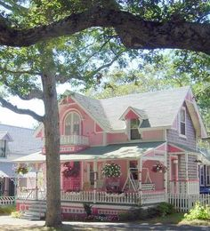 """We used to own a pink house.. My sons called it """"Barbies Dream House"""".."""