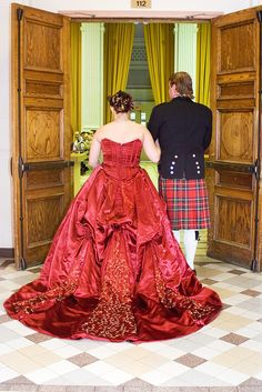 Erin & Jeff's Scottish tartan and balloon animal wedding -- LOOK AT THAT RED GOWN OMG