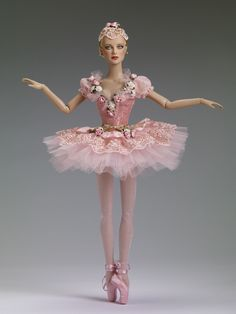 $124.99 Sugar Plum Fairy - Outfit - Pink and gold brocade bodice with faux flower decoration and an attached embroidered lace and tulle ballet tutu with attached pink panties - - Tonner Ballet  | Tonner Doll Company