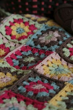 Coco Rose Diaries: A Special Kind Of love........I <3 these colors....my next blanket for sure
