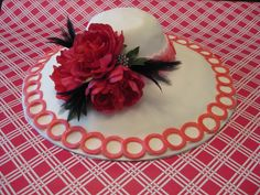 3D sculpted hat cake.  Elegant bonnet cake is perfect centerpiece for a mother's day brunch or Kentucky Derby party!  Completely customizable.