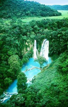 Minas Viejas Falls, San Luis Potosi, Mexico