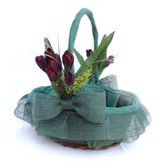 cesta decorada para detalles de boda
