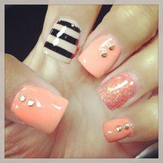 nails stripes accent nail, nails glitter coral, peach nail, nails peach color, peach color nails