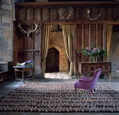 English hunting lodge + rustic minimalism