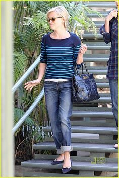 boyfriend jeans, reese witherspoon, rees witherspoon, casual styles, style icon, ballet flats, closet, casual outfits, stripe