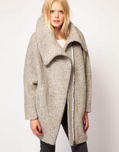 dramatic coat, love it