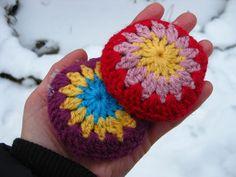 Free Pattern ~ Bunny Mummy: Crochet Handwarmers