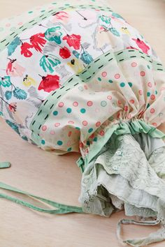 Soulful Eyes: FREE PROJECT : Rapture Laundry Bags