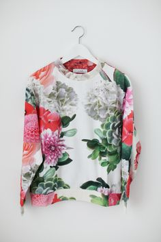 GARDEN PRINT JUMPER by What's Inside You http://whatsinsideyou.bigcartel.com/product/garden-print-oversize-jumper sweater, print jumper, garden print, floral prints, pattern, flower