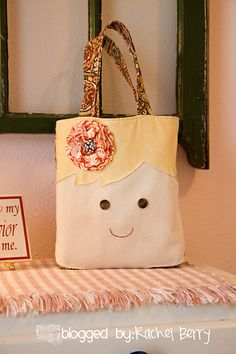 The Rachel Berry Blog: { Retreat & A Scripture Bag }... This is so cute!  Annika would like this.