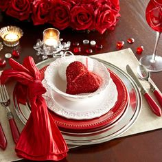 Valentine's Day Place Settings: Glamour
