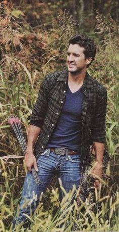 Nothing sexier than Luke Bryan ❤