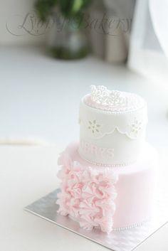 bachlorett cake, cake idea, pretti cake, crown, nail art ideas, birthday idea, first birthdays, mini cakes, princess cakes