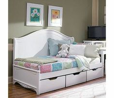 idea for drawers under daybed