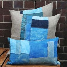 http://naturalmoderninteriors.blogspot.com.au/2013/08/recycled-fabric-cushion-ideas.html | Recycled Fabric Cushion Ideas made from recycled fabric remnants from Cloth Fabric.