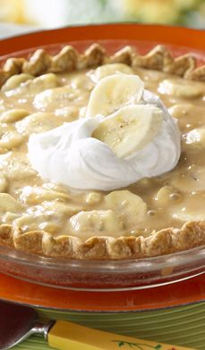 banana caramel pie... a southern favorite!