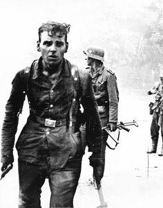 ww2, histori, soldiers, wwii, street fight, guerra mundial, war ii, 1943, german soldier