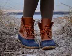 there is something about ll bean boots that I love - it reminds me of Virginia <3