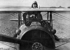 Ace Eddie Rickenbacker with his SPAD ...