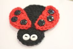 Repeat Crafter Me: Crochet Ladybug Applique