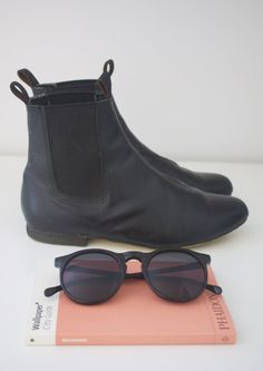 boots and sunglasses  acesocietyblog