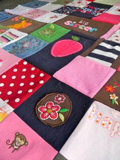 handmade baby clothing quilt such a cute idea to do with the old clothes and socks