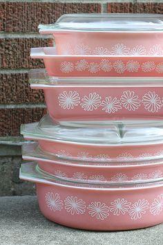 pink daisy pyrex