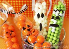 27 DIY Creative Treat Bag/ Party Favor Ideas For Halloween-some of these ideas are just adorable