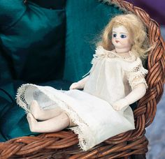 "View Catalog Item - Theriault's Antique Doll Auctions - 6"" simon and halbig"