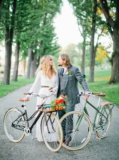 hipster wedding - bicycles