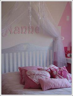 Princess room - pillows