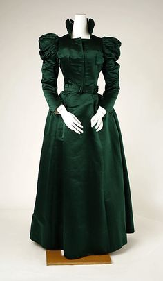 ~Late 1890s green silk dress (no source)~