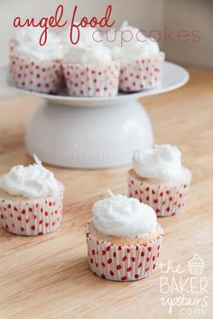angel food cupcakes // the baker upstairs http://www.thebakerupstairs.com