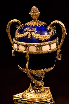 1895: The Blue Serpent Clock Egg: by Faberge