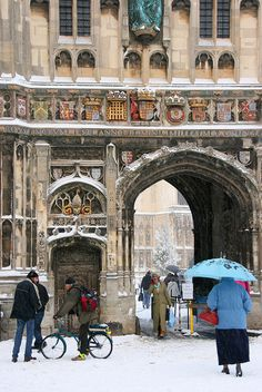 Christchurch Gate, Canterbury Cathedral, in the snow :)